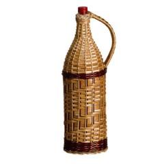 Бутылка Русская четверть 3,075 л, в оплетке